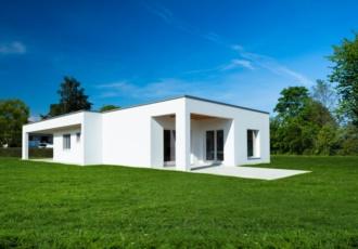 casa-in-legno-dal-design-minimalista