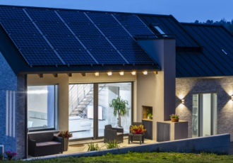 casa-xlam-bassi-consumi-ecosostenibile-minimal