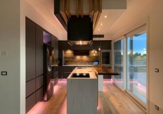 cucina moderna in legno  casa in legno su misura
