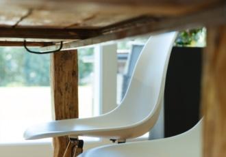 cura-del-particolare-in-casa-in-legno