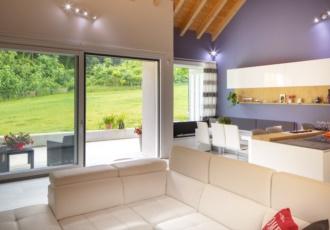 prefabbricata-casa-interno-soggiorno-cucina-minimal