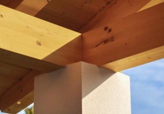 tetto-in-legno-particolare-connessione-pilastro