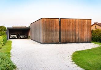 villa-in-legno-con-travi-di-larice