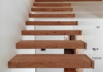 scale di design in legno