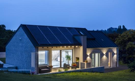 Casa in xlam prefabbricata con ampi spazi open space